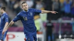 Евро 2012: Франция поля с леден душ домакините от Украйна