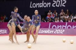 Българите в Лондон: Ансамбълът ни на финал!
