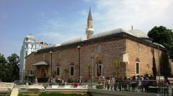 Роми се сбиха в Джумая джамия в Пловдив