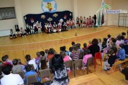 """ЦДГ""""Славейче"""" отбеляза Деня на християнското семейство"""