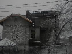 Двама мъже са загинали при пожар в Етрополе