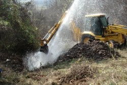 """Спират водата във вилните зони заради авария на """"Напоителни системи"""""""