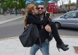 Илиян смени журналистка с чалга танцьорка