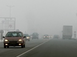 """Гъста мъгла на магистрала """"Хемус"""". Видимостта е 50 метра"""