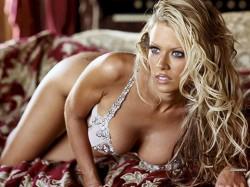 Арестуваха порно звездата Джена Джеймисън