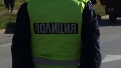 Миниван на косъм да отнесе будка за вестници във Варна