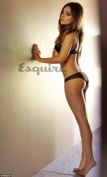 Мила Куинс най-сексапилната жена за 2013