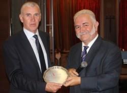 Кметът на Правец с награда от Европейската атлетика