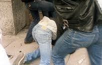 22-годишен студент пребит от група роми