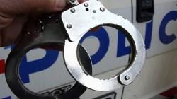 Арестуваха серийни крадци