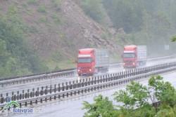 "Румънски шофьoр на ТИР е задържан с 1.55 промила алкохол на автомагистрала ""Хемус"""