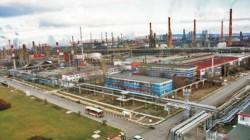 """Инцидент в """"Лукойл Нефтохим Бургас"""", има пострадали работници"""