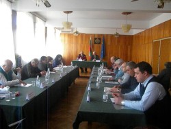 Не удостоиха Емил Димитров за почетен гражданин на Етрополе