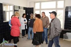 Комисия от съветници провери как се стопанисва високият корпус на болницата /допълнена/