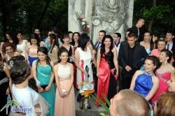 Зрелостниците на Златаровската гимназия на абитуриентски бал тази вечер