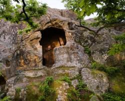 Над 300 самодейци ще участват във възстановката на  Боженишки урвич