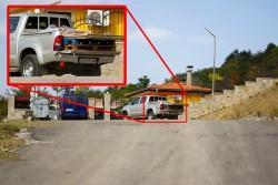 Общински автомобил снабдява с материали строеж в имението на кмета Георгиев