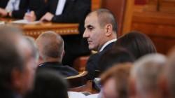 Цветанов: Има опасност служителите на МВР да останат без заплати