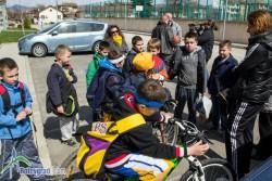 Спират деца да тренират в Арена Ботевград