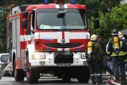 Кола се е запалила на магистралата