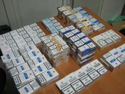 Близо 8000 къса цигари без бандерол са иззети при полицейска операция на територията на Правец