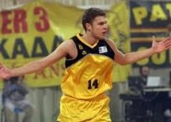 Александър Везенков подписа с Барселона