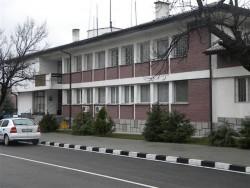 Непълнолетна извършителка на кражба е установена от служители на РУ - Етрополе