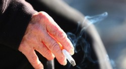 Забраняват да пренасяме над 40 свити цигари