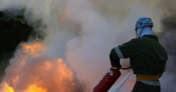 14-годишно момче е пострадало при възникнал пожар в лек автомобил