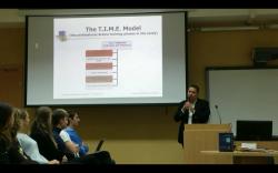 Николай Николов презентира свой метод на преподаване  в Московския държавен университет