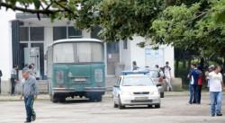 Кола с 12 нелегални имигранти катастрофира след гонка с полицията в Бургас