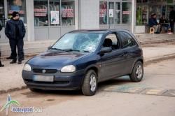 """Бой в """"Север""""-а. Роми изпотрошиха автомобил"""