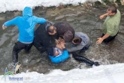 Кметът на Ботевград: От тук нататък общината няма да дава парична награда за вадене на кръста