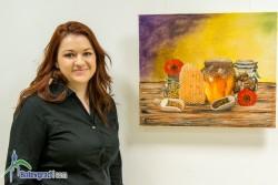 Ботевградчанката Камелия Петкова за първи път показва свои картини пред публика