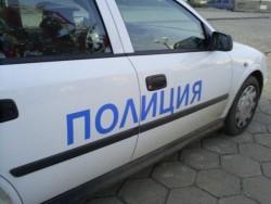 Извършител на взломна кражба от автомобил е задържан след бързи действия на ботевградските полицаи