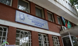 Извършени са две взломни кражби от търговски обекти в Ботевград