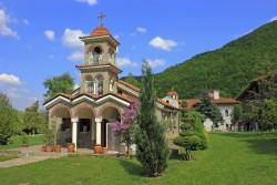 Откраднаха чановете от Врачешкия манастир