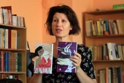 Христина Панджаридис ще представи две свои книги в градската библиотека