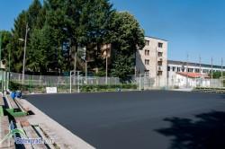 Модернизират баскетболните площадки