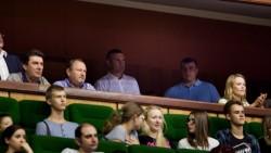 Кличко гледа мача между Украйна и България