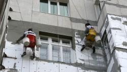 Националната програма за енергийна ефективност на многофамилни жилищни сгради не е спряна