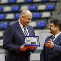 Росен Барчовски треньор на 2016, баскетболистите също Номер 1 на Самоков