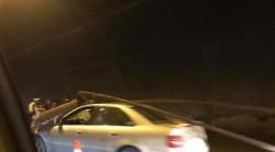 Жена загина, релса от осветлението  на тунел Ечемишка паднало върху колата й /допълнена/