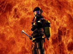 Възрастна жена и нейните близки благодарят на пожарникар, спасил къщата им в Трудовец
