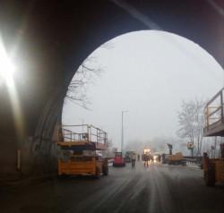 """Очаква се да бъде пуснато движението в лявата тръба на тунел """"Ечемишка"""""""