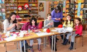 Повече от 50 деца се включиха в творческата работилница за мартеници
