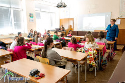 """Ученици от ППМГ """"Акад. проф. д-р Асен Златаров"""" демонстрираха знания по немски език"""