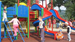Да се изградят детски площадки в Гурково и Скравена, предлагат кметовете на двете села