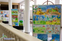 Изложба от над 100 детски рисунки са подредени в музея