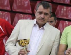 Почина Емануил  Божков